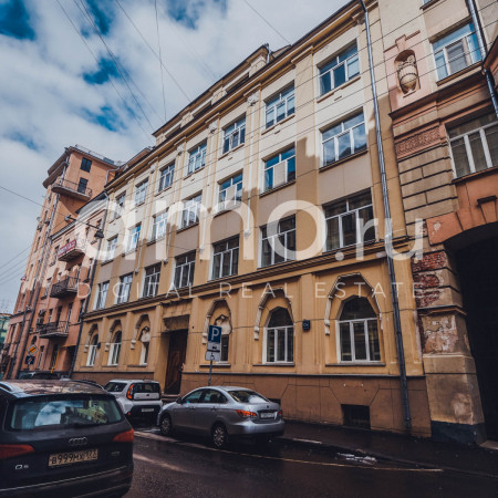 Поиск офисных помещений Мансуровский переулок аренда офиса в отдельным сданиях